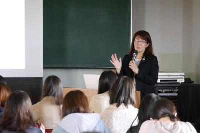 東邦音楽短期大学において、2020年東京オリンピック・パラリンピック競技大会に向けての講演会が開催されました。